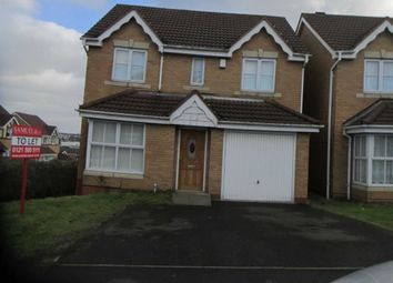 Thumbnail 4 bed property to rent in Brades Rise, Oldbury