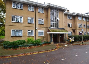 Thumbnail 2 bedroom flat for sale in Weydown Close, London