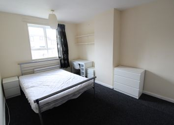 Thumbnail 4 bed terraced house to rent in Summer Street, Sheffield