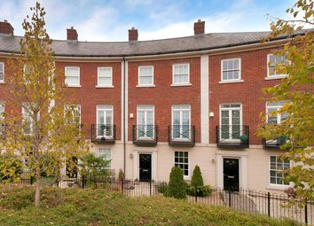 Beacon Avenue, Kings Hill ME19. 4 bed town house for sale