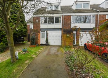 The Glen, Bromley BR2. 3 bed town house for sale