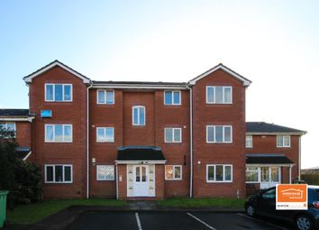 2 bed flat to rent in Signal Grove, Bloxwich, Walsall WS3