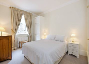 2 bed flat to rent in Gloucester Street, Pimlico, London SW1V