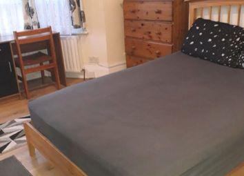 Room to rent in Selkirk Road, London SW17