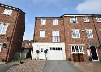Thumbnail Town house for sale in Toll Hill Court, Castleford