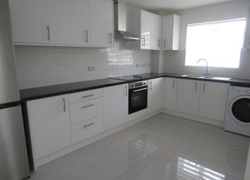 Thumbnail 2 bed flat for sale in North Road, Crawley