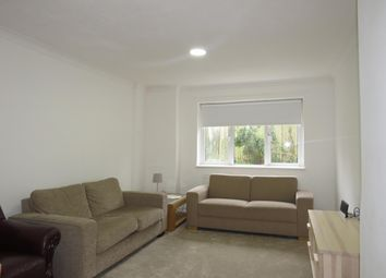 Thumbnail 3 bed property to rent in Garden Avenue, Hatfield