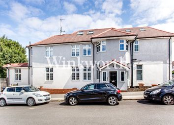 Ashbourne Avenue, London NW11. 3 bed flat