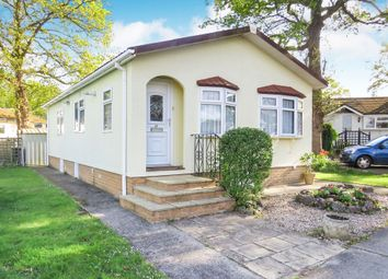 2 bed mobile/park home for sale in Ram Hill, Coalpit Heath, Bristol BS36