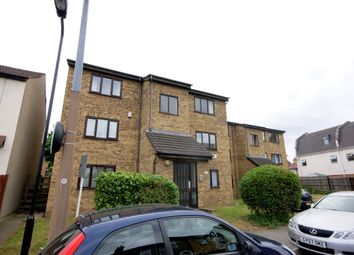 Thumbnail 1 bed flat to rent in Goldsmith Road, Leyton