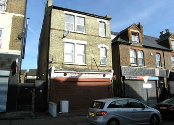 Thumbnail 2 bed flat to rent in Oak Yard, Queens Road, Watford