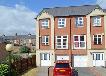 Thumbnail 4 bed property to rent in Martins Court, York