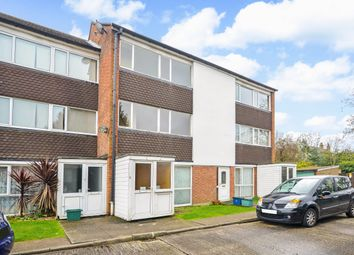 Thumbnail 2 bed maisonette for sale in Edgecumbe Court, Croydon