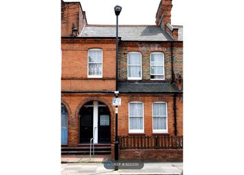 2 bed maisonette to rent in Gladstone Avenue, London N22
