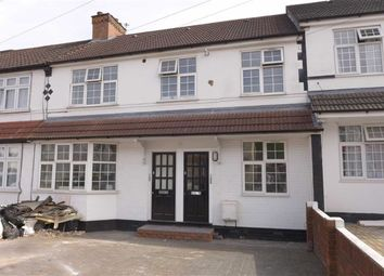 Thumbnail 2 bed flat to rent in Avondale Road, Harrow, Middlesex