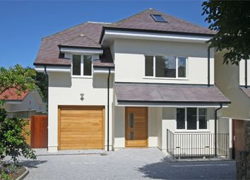 Thumbnail 6 bed detached house to rent in Avenue Du Manoir, Ville Au Roi, St Peter Port