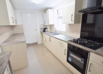 Thumbnail 6 bed terraced house to rent in Malvern Road, Luton