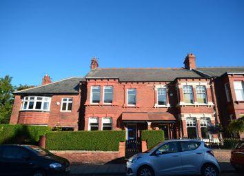 2 bed flat to rent in Park Parade, Roker, Sunderland SR6