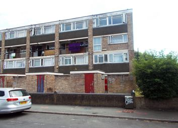 Thumbnail 3 bed duplex to rent in Courtenay Road, Woking