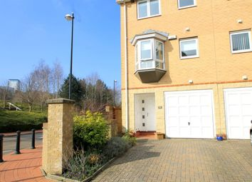 Thumbnail 3 bed property to rent in Chandlers Way, Penarth