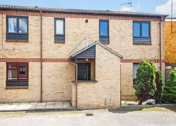 Thumbnail 1 bedroom flat for sale in Burwell Drive, Witney