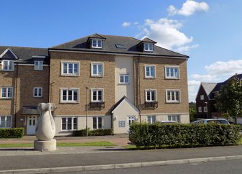 Thumbnail 2 bedroom flat for sale in Allington Close, Farnham