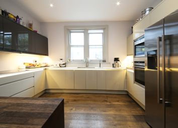 Thumbnail Flat to rent in St. John's Hill, London