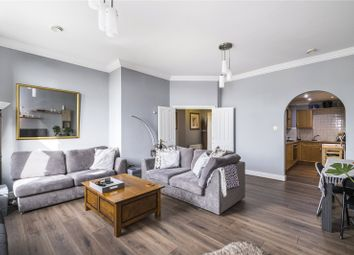 Trinity Square, London EC3N. 2 bed flat for sale