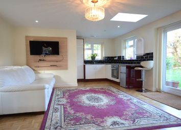 Thumbnail Studio to rent in Durand Road, Earley, Reading
