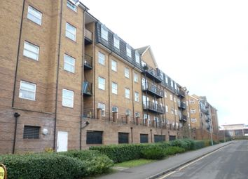Thumbnail 2 bed flat to rent in Holly Street, Luton, Beds