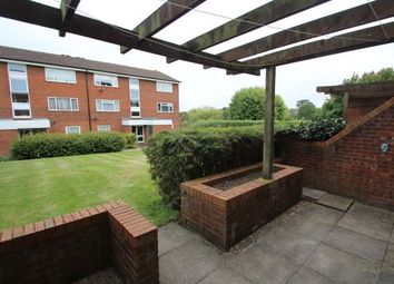 Thumbnail 1 bed flat to rent in Pixton Way, Croydon