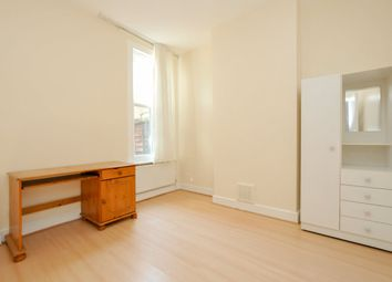 Thumbnail 4 bed semi-detached house to rent in Daubeney Road, London