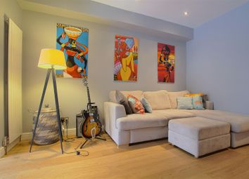 Thumbnail 2 bed flat to rent in Woodstock Avenue, London
