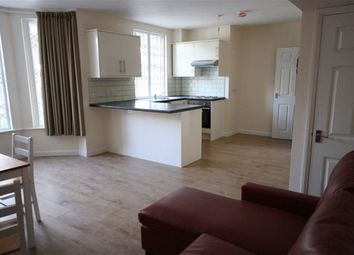 2 bed flat to rent in Albion Street, Hull HU1