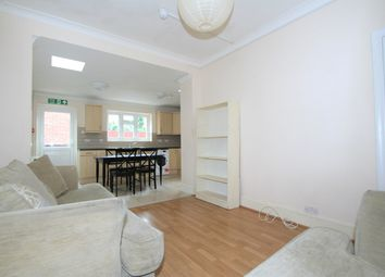 5 bed terraced house to rent in Wroughton Terrace, London NW4