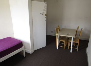Thumbnail 2 bed flat to rent in Bath Street, Leamington Spa