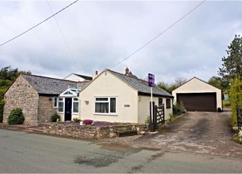 Thumbnail 3 bed cottage for sale in Ffordd Walwen, Lixwm