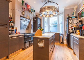 Thumbnail 4 bed property for sale in Stockwell Green, Stockwell