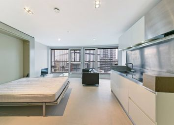 Thumbnail Property to rent in Bezier Apartments, City Road, Old Street, London