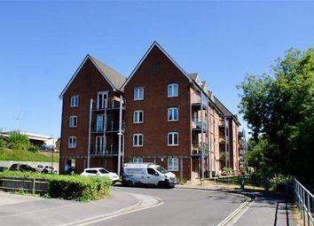 2 bed flat to rent in Alton GU34, Mill Lane, P2604