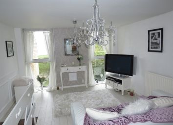 2 bed maisonette for sale in Clwyd, Northcliffe, Penarth CF64