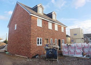 Thumbnail 3 bed town house for sale in Park Mews, Park Lane, Aveley, South Ockendon