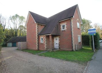Thumbnail 3 bed detached house to rent in Station Road, Gomshall, Guildford