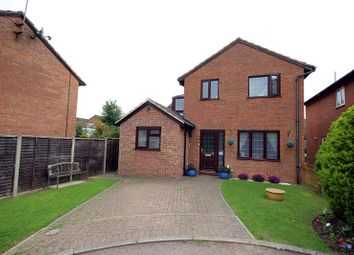 Thumbnail 5 bedroom detached house for sale in Vienne Close, Northampton, Northamptonshire.