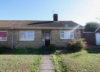 Thumbnail 2 bed bungalow to rent in Fouracres Walk, Hemel Hempstead