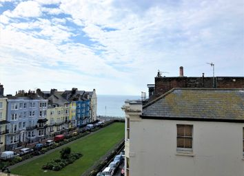 2 bed flat to rent in St James Street, Brighton BN2