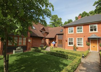 Thumbnail 4 bed detached house to rent in Coach House Close, Yateley