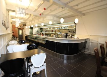 Restaurant/cafe to let in High Street, Woolwich SE18