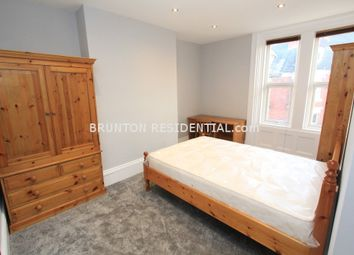 Thumbnail Room to rent in Room 3, Roxburgh Place, Heaton