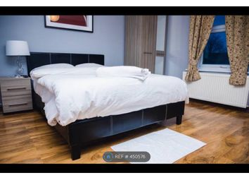 Thumbnail Room to rent in Alexandra Road, Aldershot